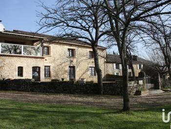 Maison 11 pièces 480 m2