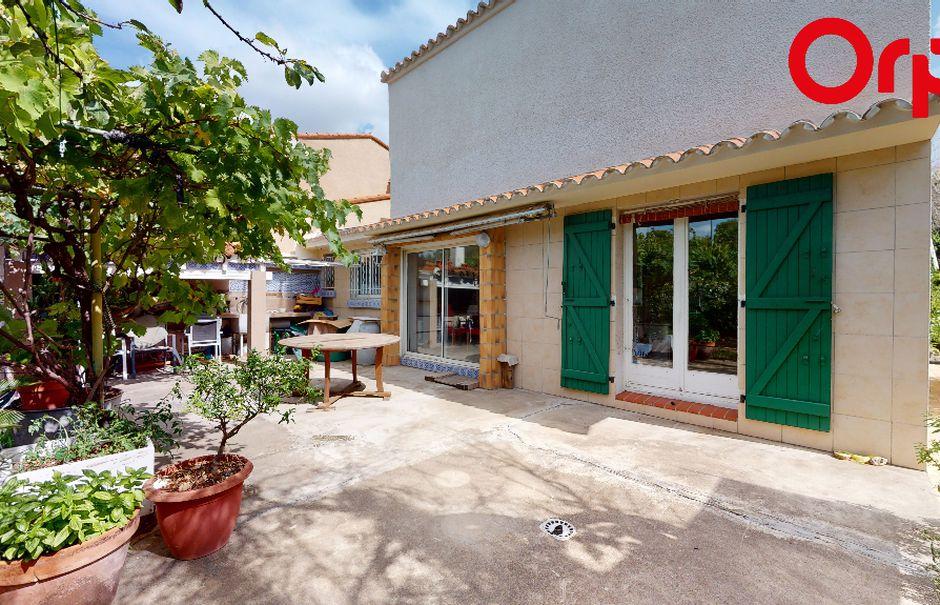 Vente maison 6 pièces 111 m² à Saint-Estève (66240), 251 500 €