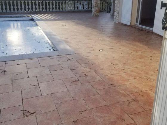 Vente villa 4 pièces 142 m2