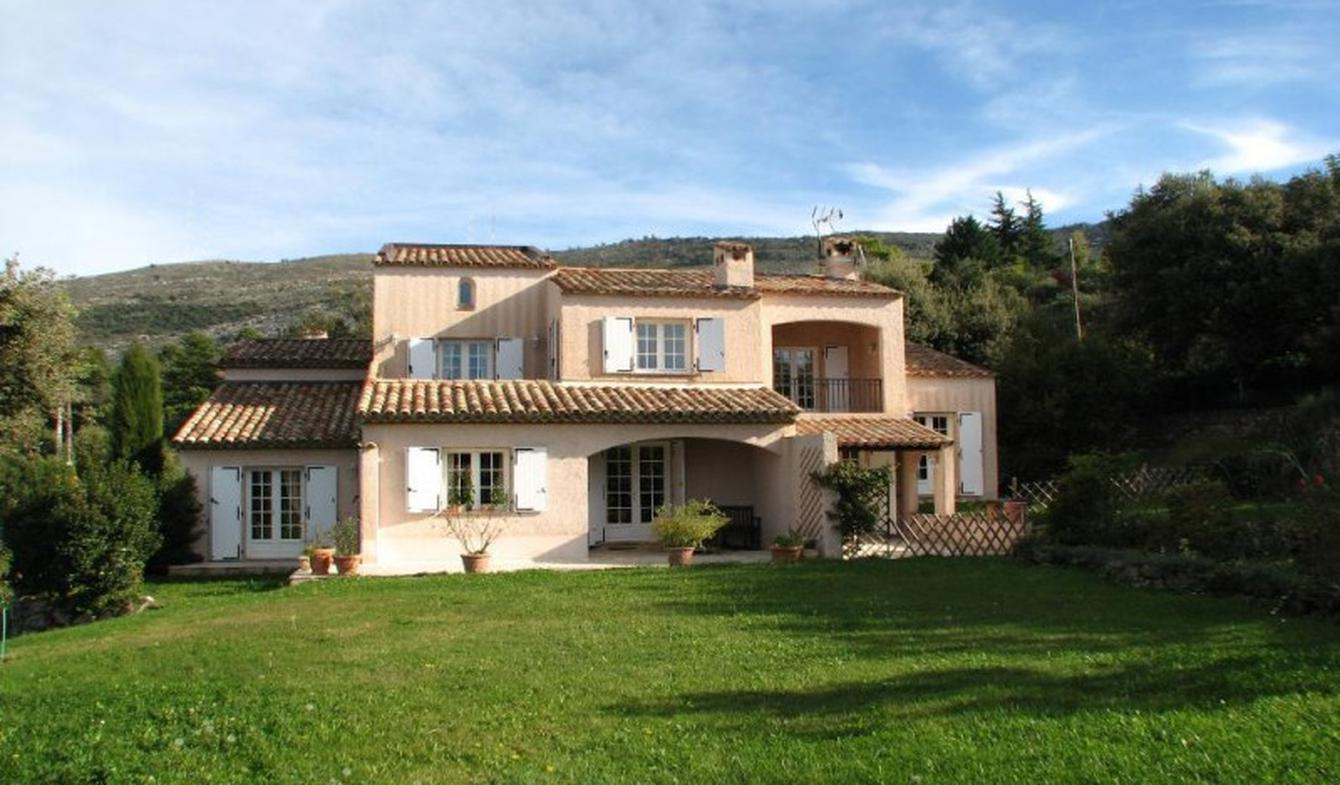 Villa with pool Peille