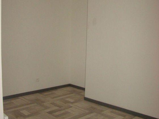 Location appartement 3 pièces 39 m2