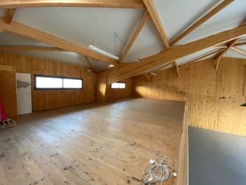 Divers 2 pièces 360 m2