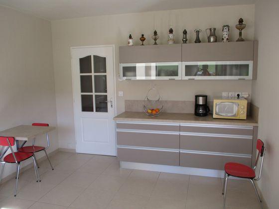 Vente maison 6 pièces 5502 m2
