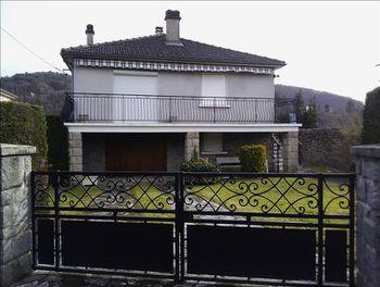 maison à Argentat (19)
