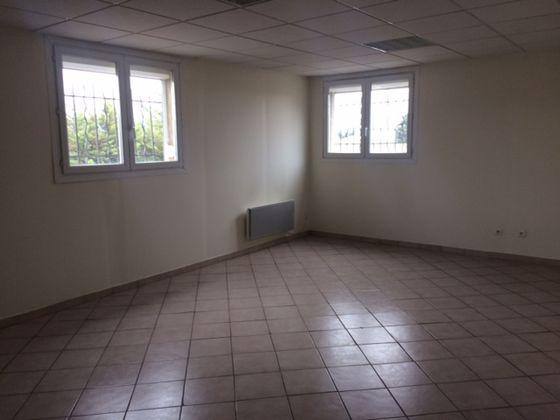 Location divers 5 pièces 120 m2