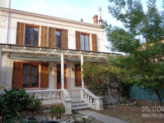 vente Maison 5 pièces 98 m2 Toulon