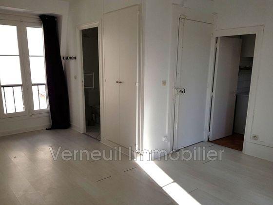 Location studio 24,42 m2