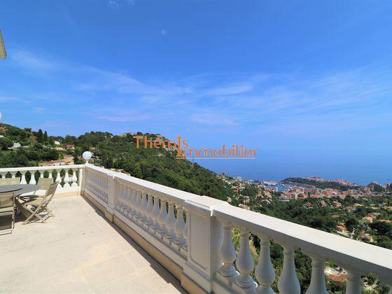 Location villa 8 pièces 600 m2