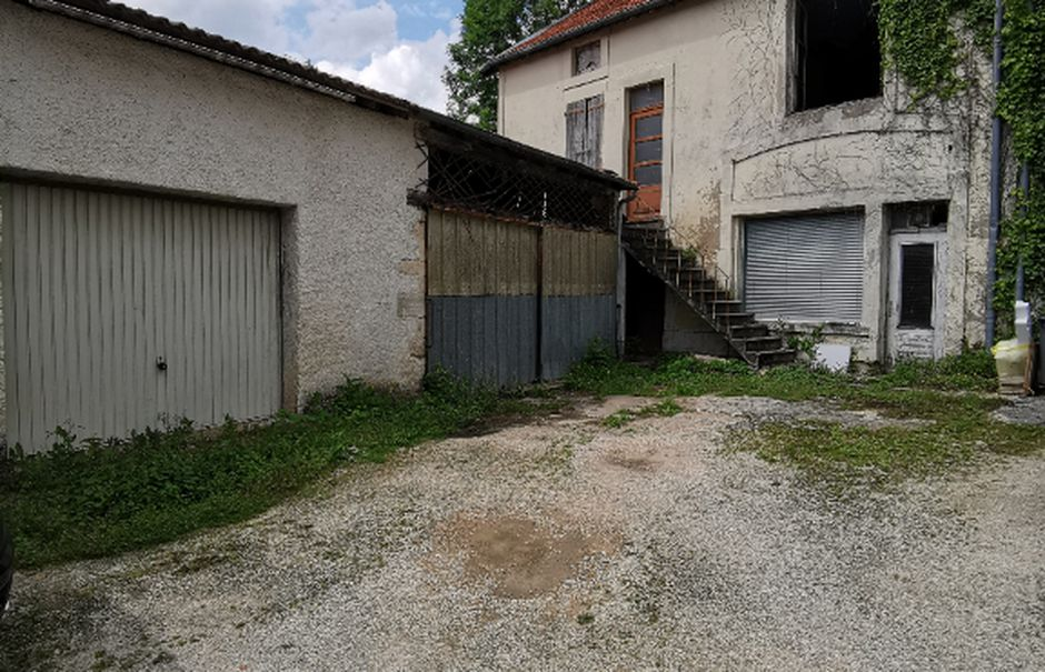Vente maison 7 pièces 169.16 m² à Brottes (52000), 49 000 €