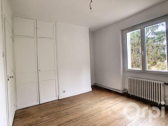 Location maison 3 pièces 81,89 m2