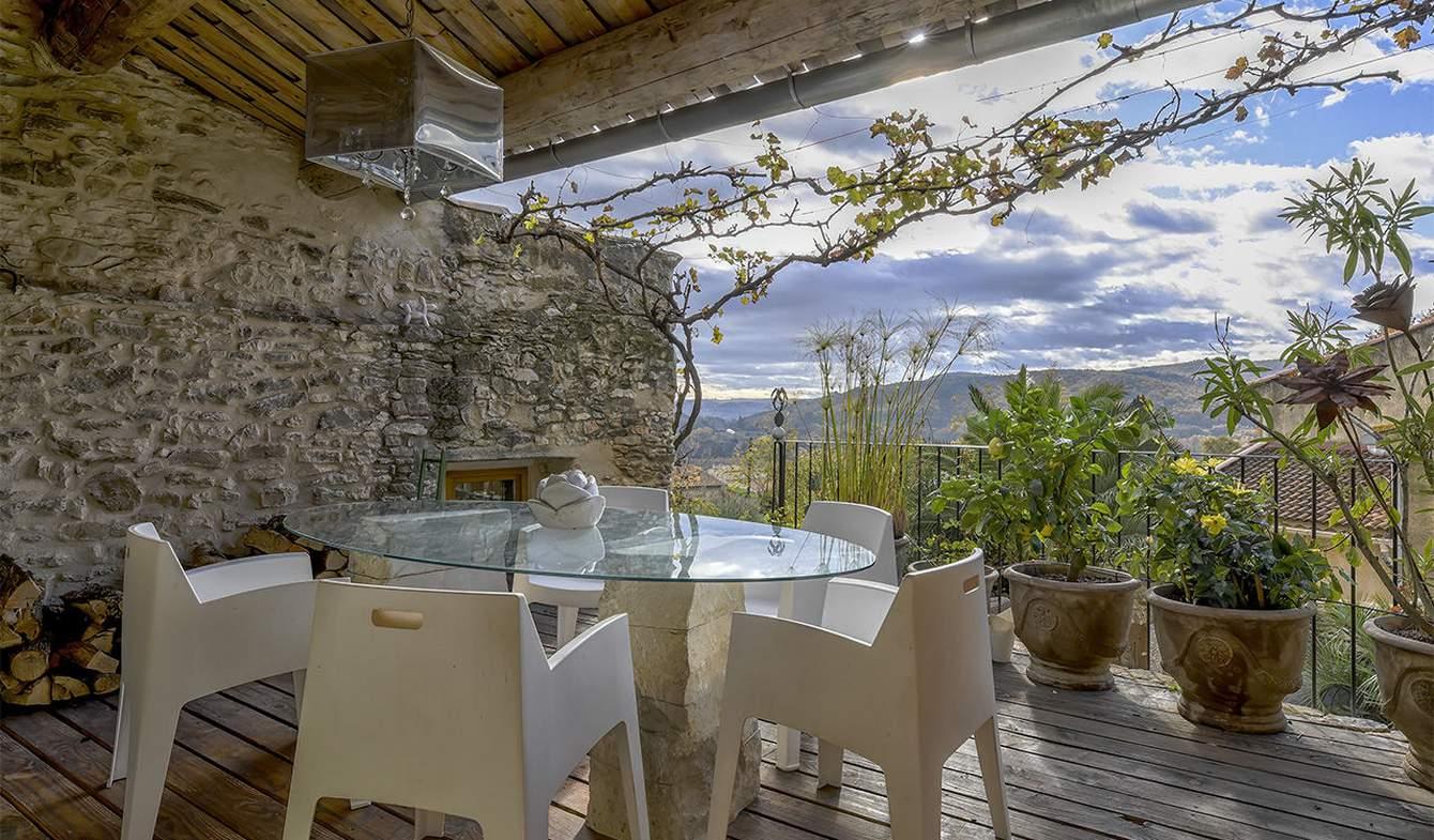 Maison avec piscine Cavillargues