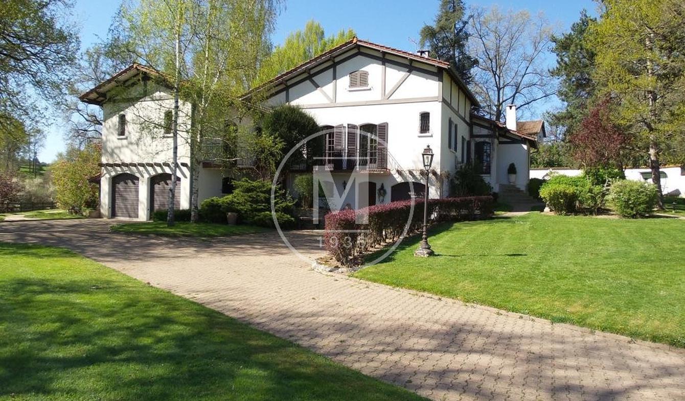 Villa avec terrasse Peschadoires