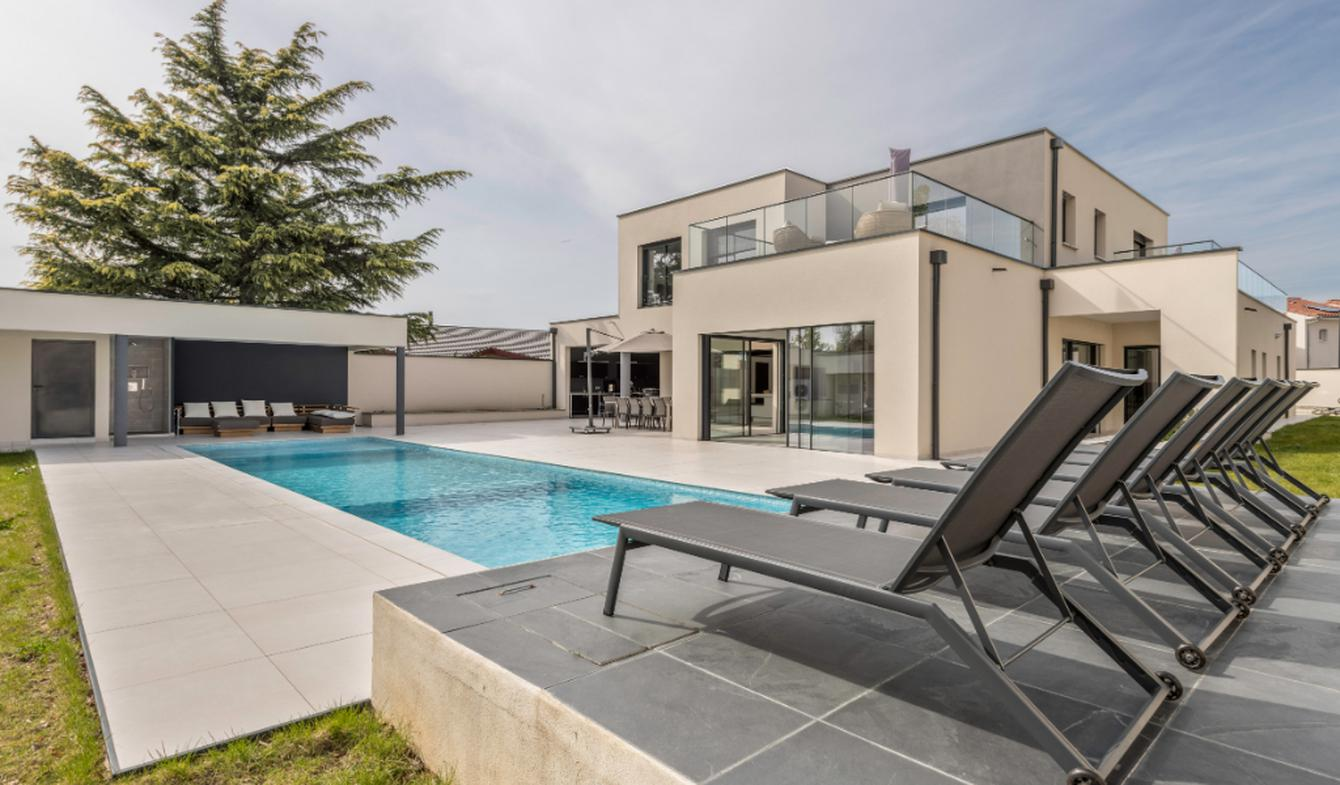 Maison avec piscine et terrasse Irigny