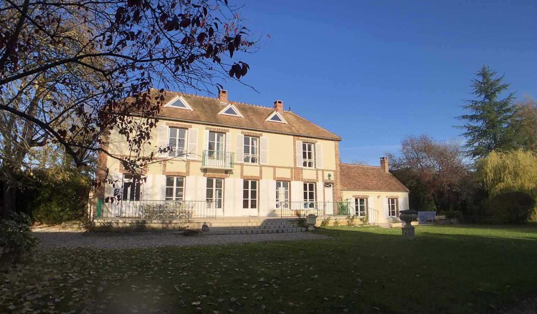 Maison avec terrasse Courlon-sur-Yonne
