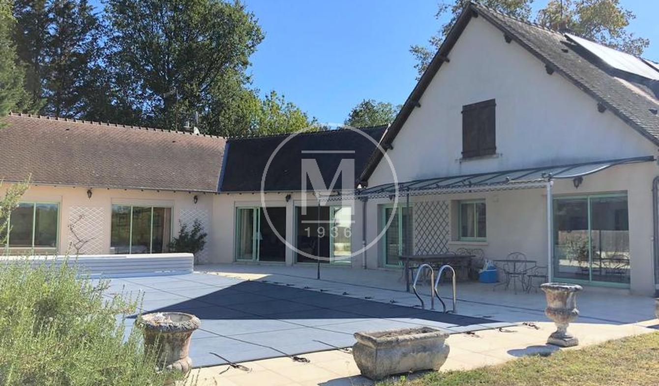 Maison avec piscine et terrasse Argenton-sur-Creuse
