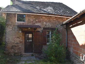 maison à Auzits (12)