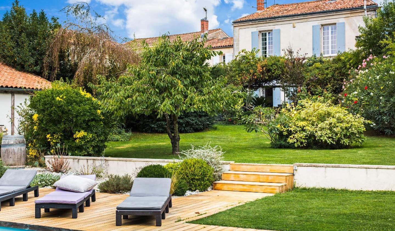 Maison avec terrasse Rochefort