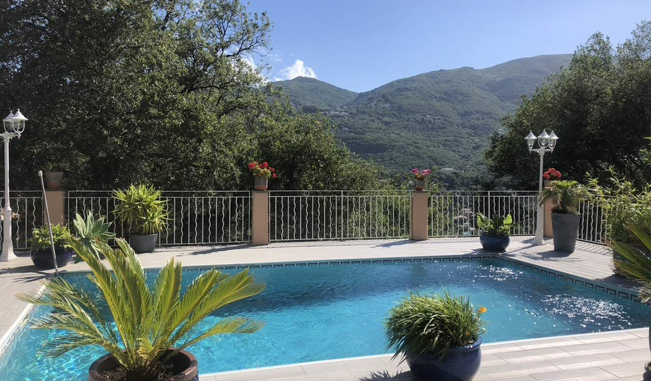 Maison avec piscine et jardin Bastia