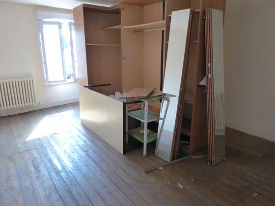 Vente divers 4 pièces 230 m2