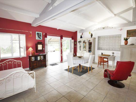 Vente villa 10 pièces 235 m2