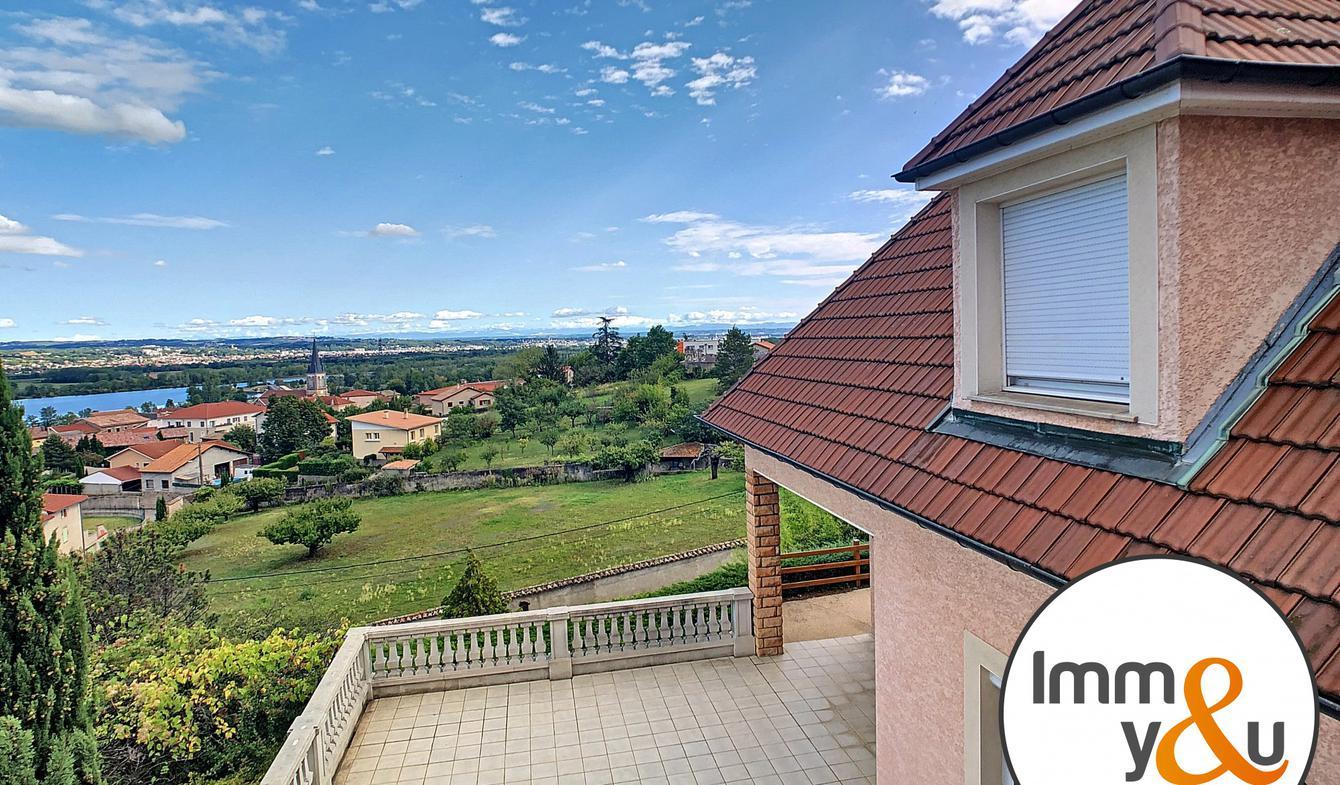 Villa avec terrasse Saint-Pierre-de-Boeuf