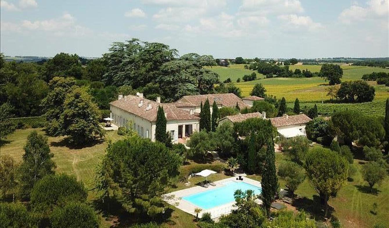 Propriété avec piscine La Romieu