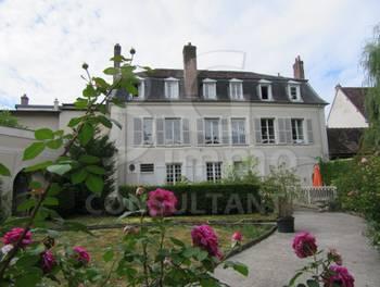 Château 9 pièces 260 m2