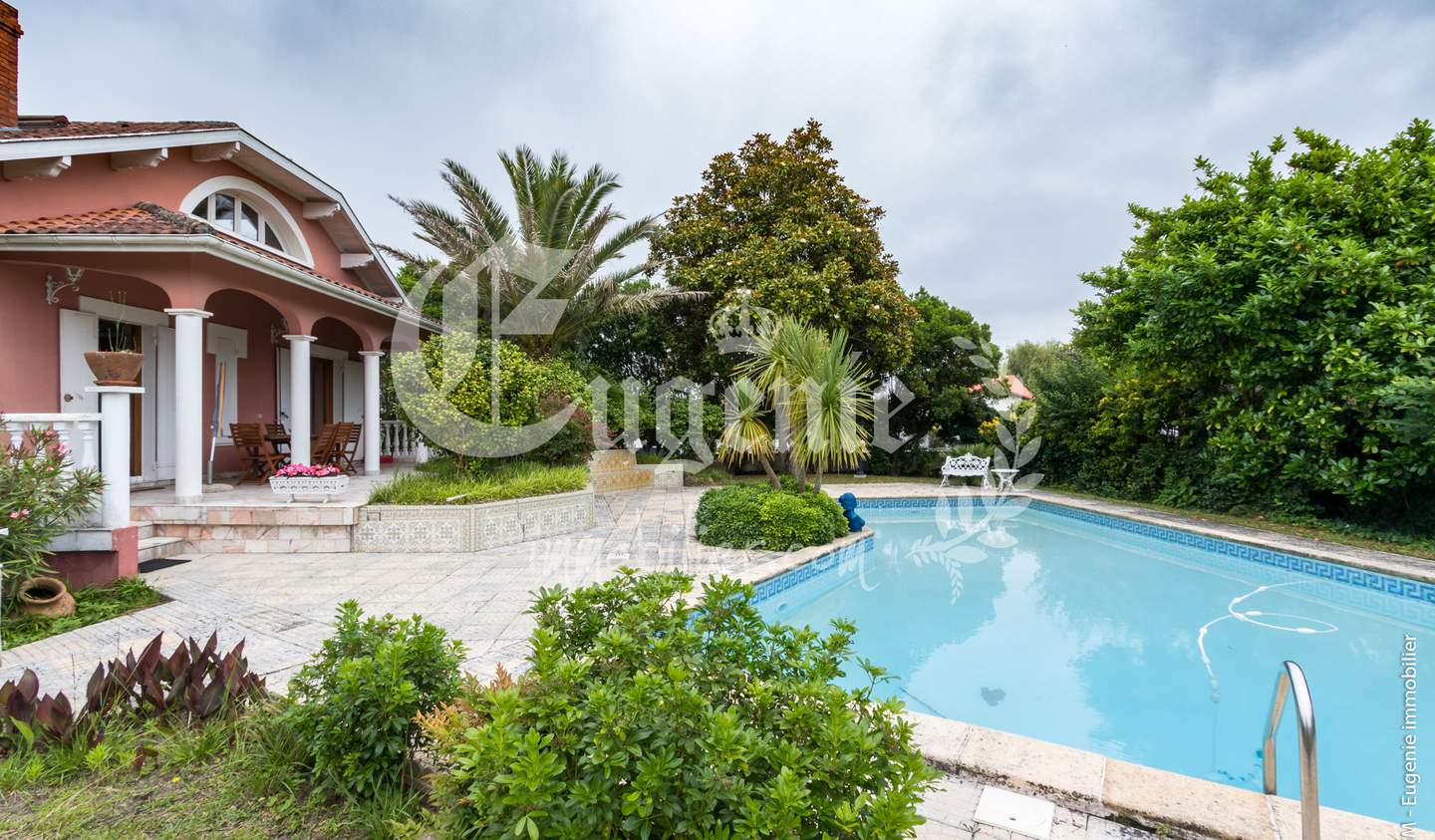 Villa with pool and garden Dax