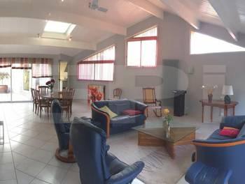Maison 11 pièces 380 m2