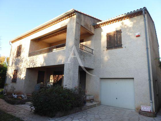 Location maison 7 pièces 206,09 m2