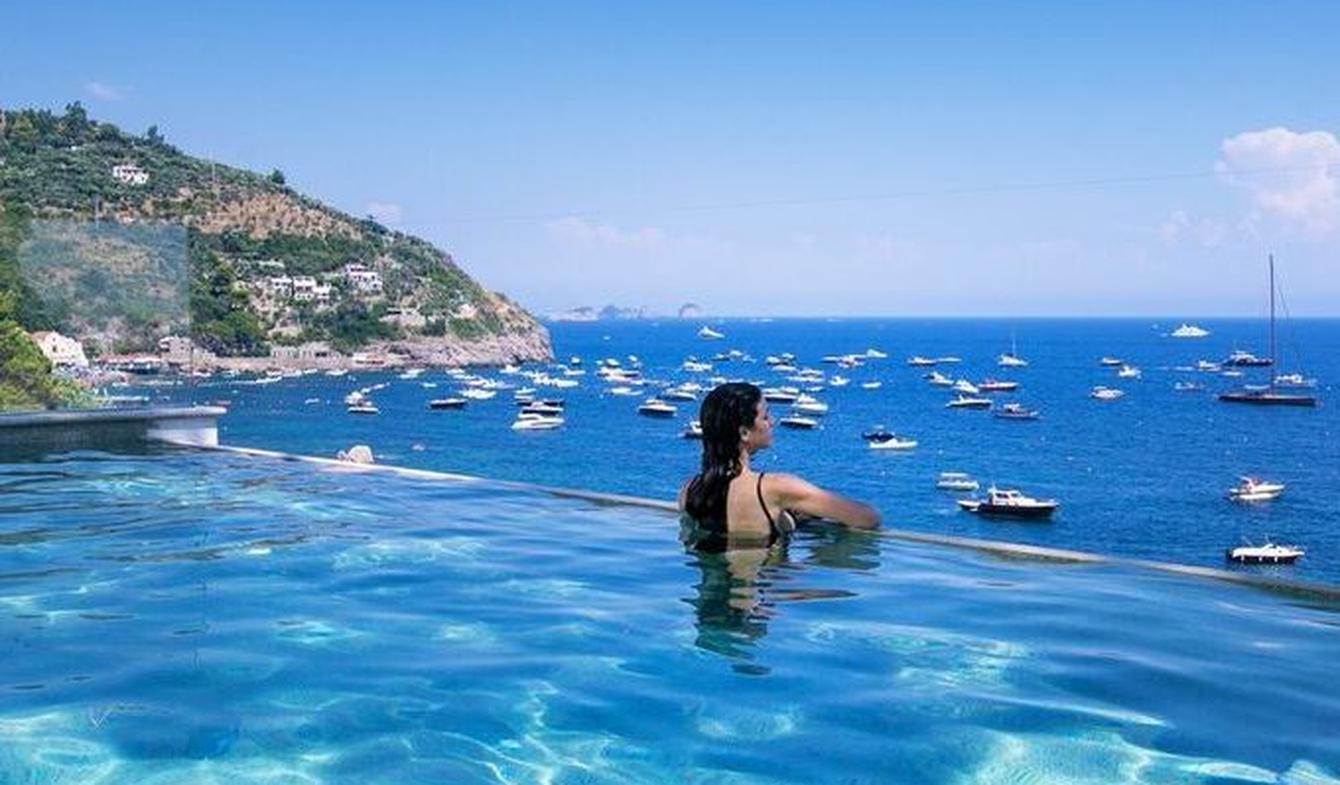 Seaside villa with pool Sorrento