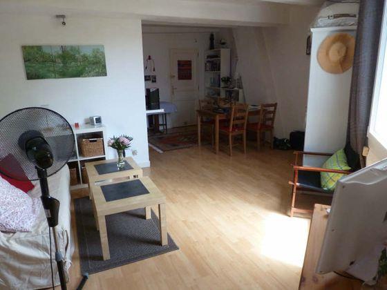 Location studio meublé 38 m2