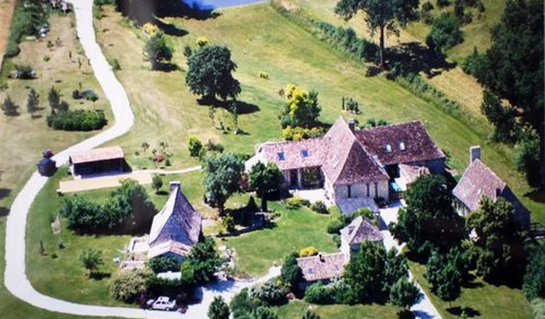 Maison avec piscine et terrasse Beaumont-du-Périgord