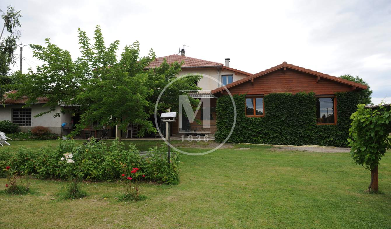 Villa avec piscine Anneyron