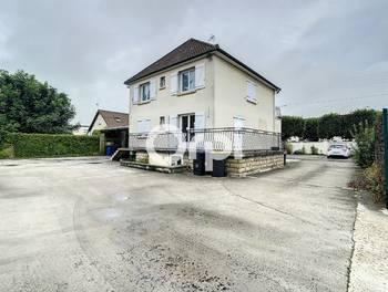 Maison 12 pièces 212 m2