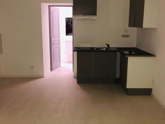 Location studio 26,89 m2