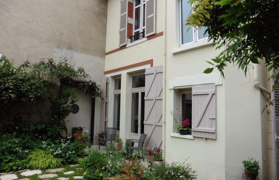 Vente maison 12 pièces 280 m² à Vichy (03200), 506 000 €
