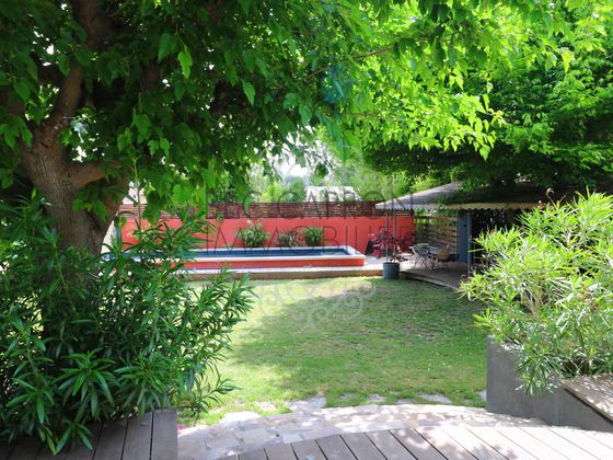 Vente maison 10 pièces 330 m2