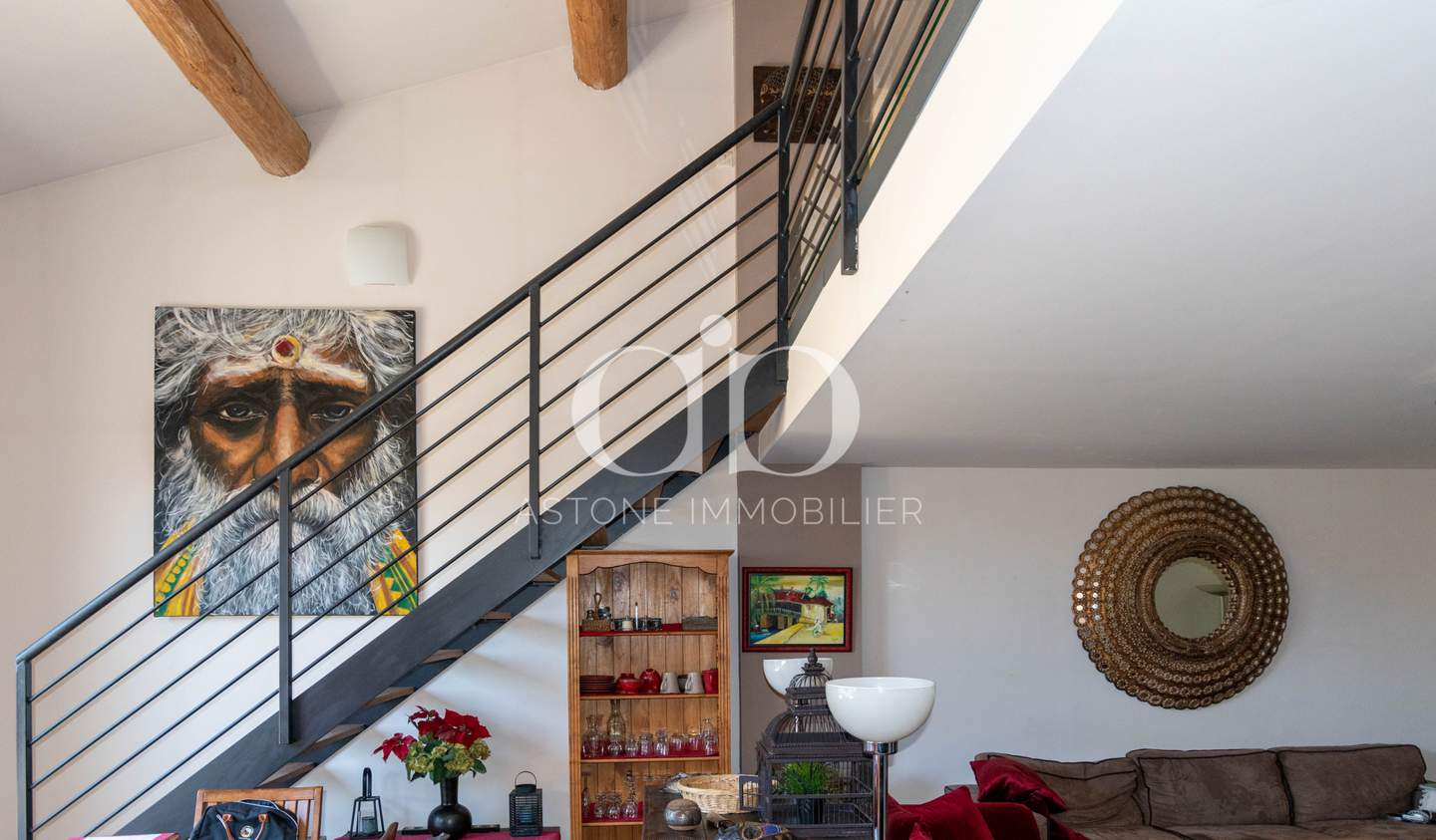 Apartment with terrace Luynes