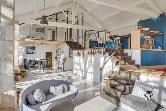 Loft avec terrasse et vue panoramique