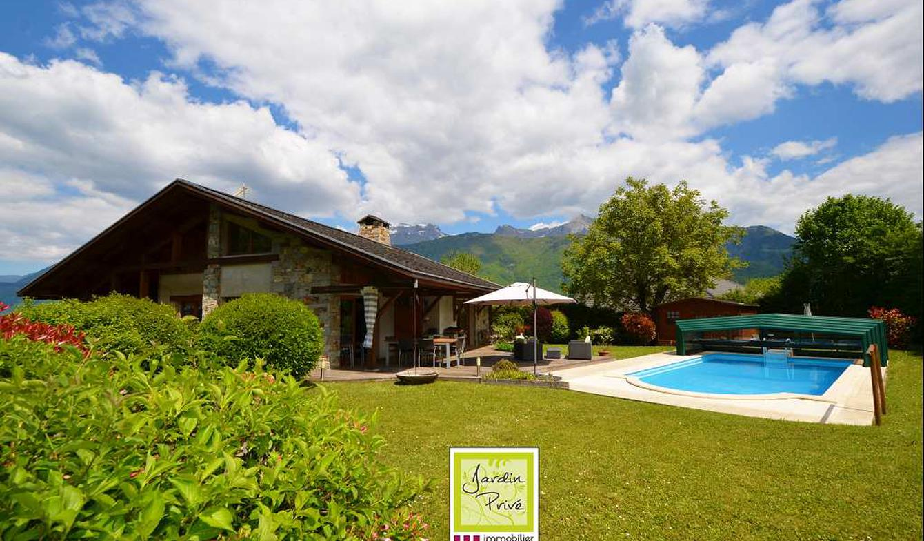 Villa avec piscine et terrasse Lathuile