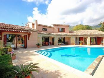 Villa 4 pièces 276 m2