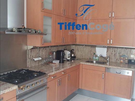 Location appartement meublé 4 pièces 109,69 m2