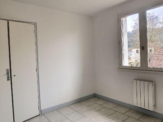 Location appartement 3 pièces 64,64 m2