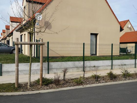 Location maison 4 pièces 85 m2