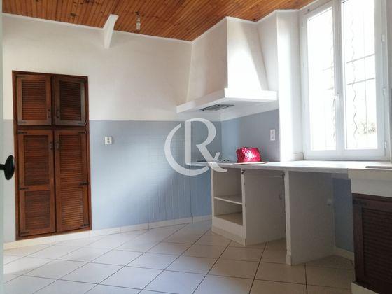 Location appartement 4 pièces 96,47 m2