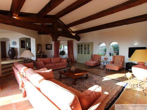 Vente propriété 8 pièces 410 m2