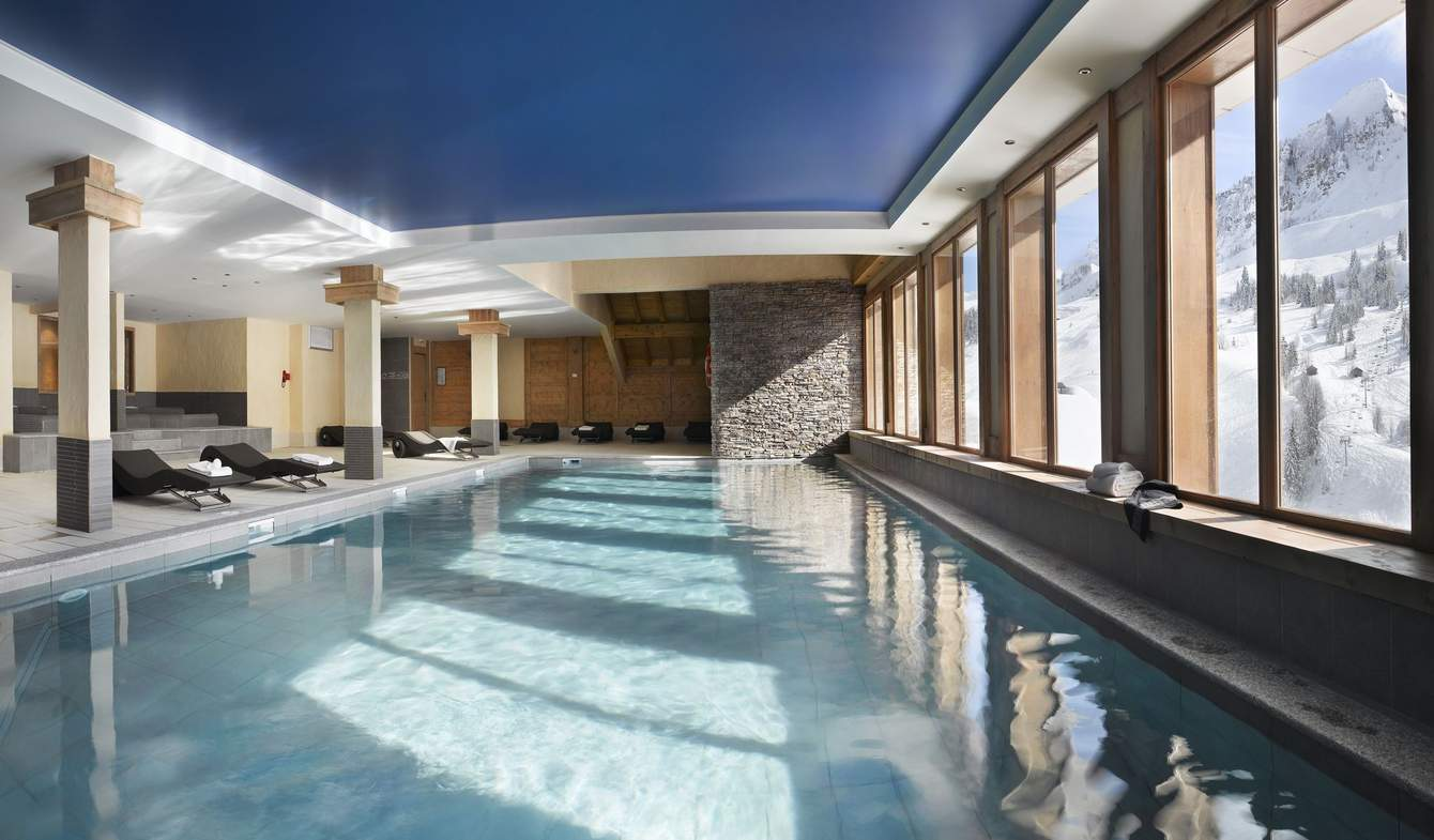 Apartment with pool Le Grand-Bornand
