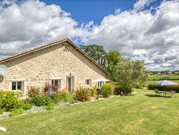 maison à Bourgougnague (47)