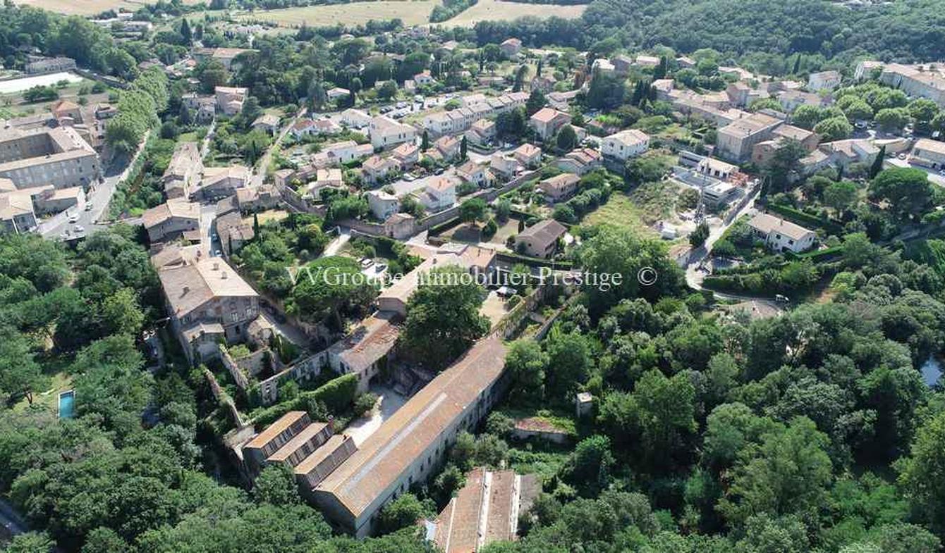 Propriété avec jardin Carcassonne
